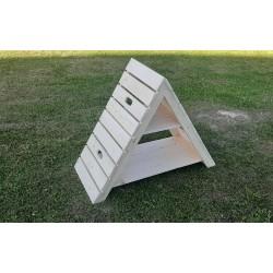 Trikampis namelis žaidimams